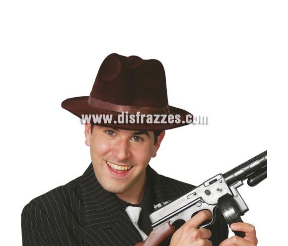 Sombrero tipo Ganster de terciopelo marrón.