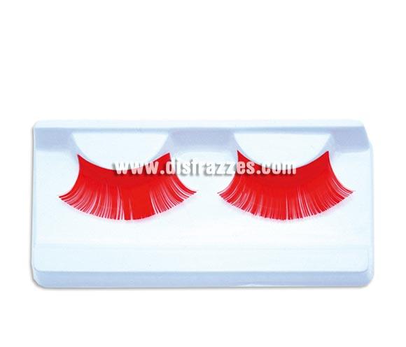 Pestañas Rojas con pegamento. Perfectas para disfrazarse de Diablesa en Halloween.