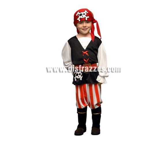 Disfraz barato de niño pirata de 5 a 6 años. Incluye chaleco, pantalón, pañuelo de la cabeza, cinturón y cubrebotas.