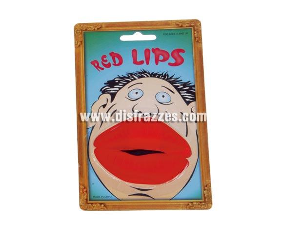 Labios gruesos muy buenos para disfrazarse de Negro Zumbón.