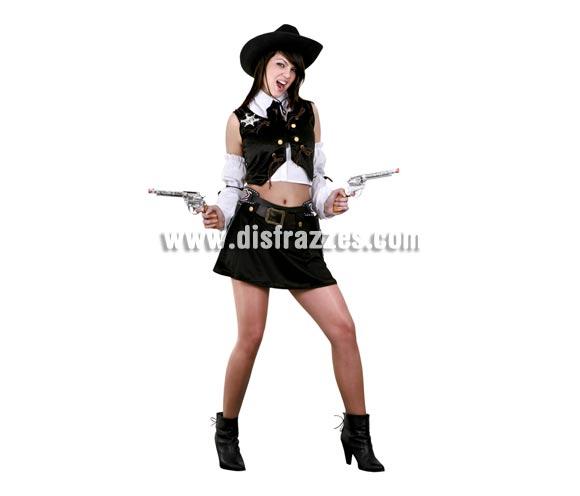 Disfraz de Vaquera o Pistolera para mujer. Talla standar M-L = 38/42. Incluye camisa con corbatín, chaleco, manguitos y falda. Sombrero, cartucheras y pistolas NO incluidos, podrás verlos en la sección Complementos.