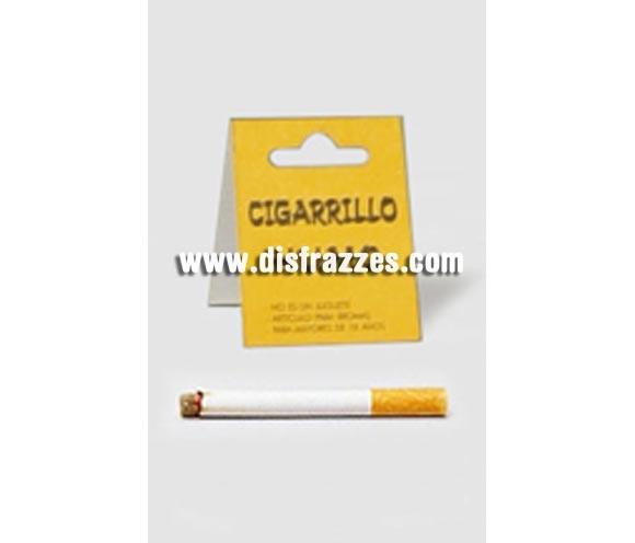 Cigarrillo humo. Se rellena con polvos de talco y cuando soplas sale humo.