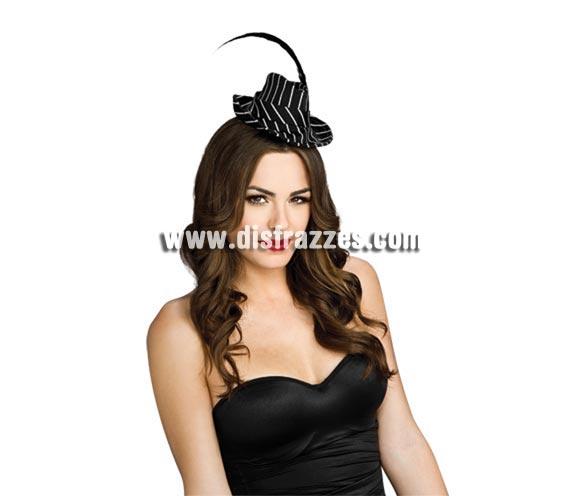 Mini sombrero de Gánster para mujer. Precioso y novedoso sombrero para disfrazarse de Gangster.