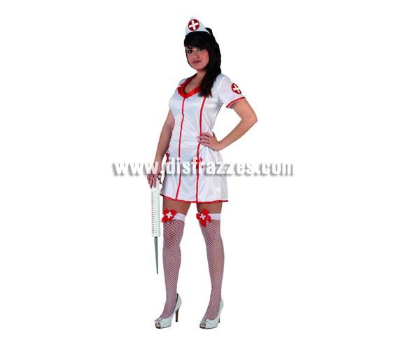 Disfraz barato de Enfermera sexy para mujer. Talla 2 ó talla Standar M-L 38/42. Incluye vestido y cofia. Medias y jeringuilla NO incluidas, podrás encontrar en nuestra sección de Complementos.