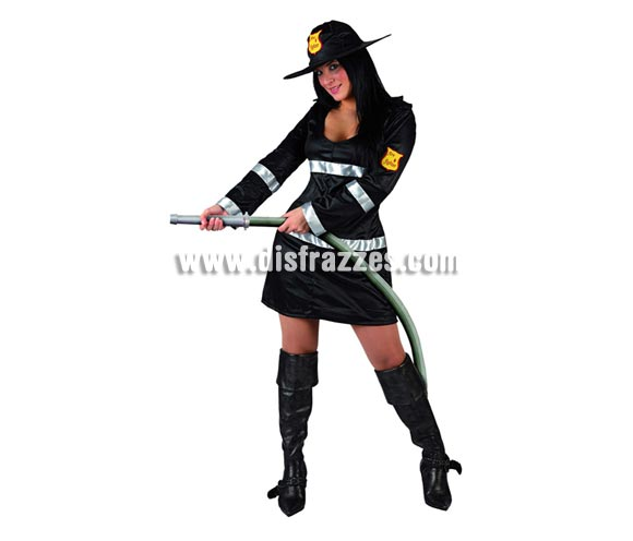 Disfraz barato de Bombera negro sexy para mujer. Talla 2 ó talla standar M-L 38/42. Incluye vestido y sombrero. Manguera NO incluida.
