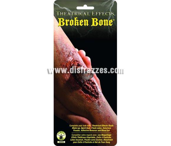 Hueso roto FX'S. Artículo de Maquillaje FX fabricado en látex ideal para caracterizarte. Parecerá que acabas de romperte el brazo o la pierna. Impresionante pieza de latex simulando el hueso que emerge por la sanguinolenta herida. ¡Da escalofríos!  Recuerda que para fijarlas necesitarás el Pegamento FX .