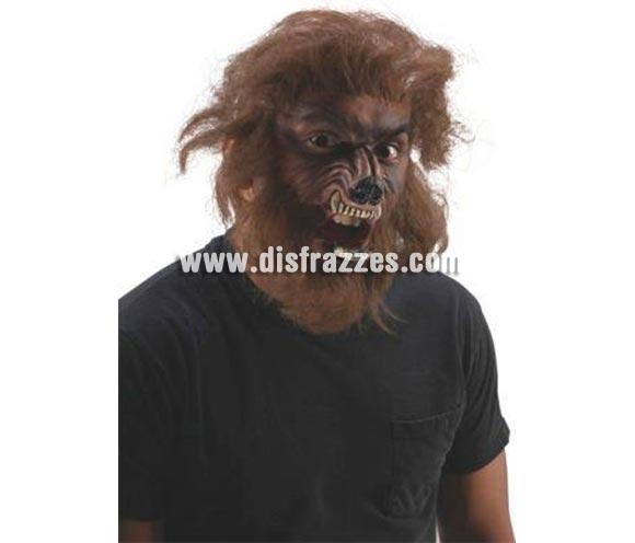 Kit maquillaje lujo Hombre Lobo FX'S para Halloween. La próxima luna llena te transformarás en un realista Hombre Lobo con ese completo kit:  Prótesis de látex para la cara con pelo lobuzno, adhesivo para fijarlo y maquillaje negro y marrón. Con un poquito de maña y arte conseguirás un acabado impresionante. Si quieres utilizar las prótesis en más de una ocasión, quizás necesites un extra de Pegamento FX, ya que el kit viene con la cantidad para un solo uso.