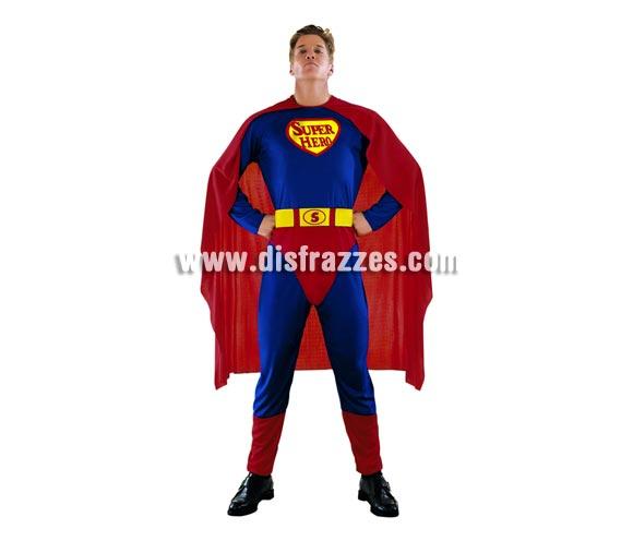 Disfraz de Superhéroe adulto. Talla Standar M-L 52/54. Incluye mono, cinturón y capa. Con éste disfraz podrás sentirte como el mismísimo Superman y pasar un buen rato.