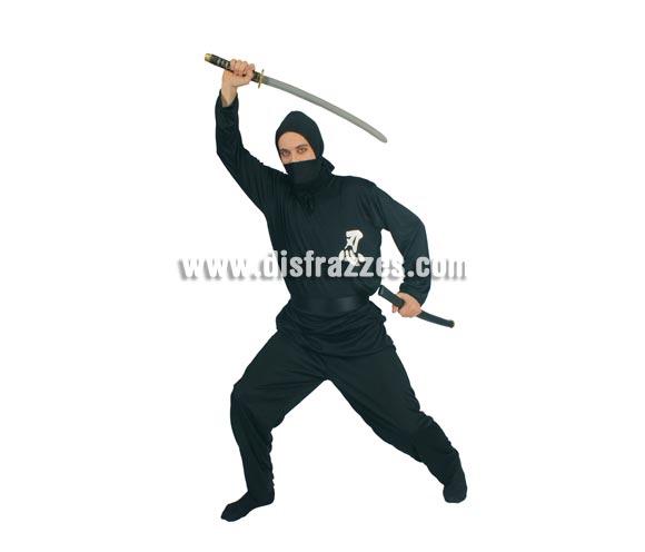 Disfraz barato de Ninja para hombre. Talla universal 52/54. Incluye capucha, camisa, cinturón y pantalón. Espada NO incluida, podrás verla en Complementos.