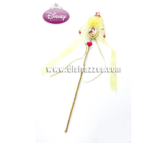 Varita de La Bella Disney para niñas. Artículo con licencia Disney perfecto como regalo y complemento del disfraz de La Bella y la Bestia.