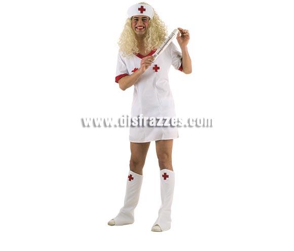 Disfraz de Enfermera Sorpresa hombre Deluxe. Alta calidad. Hecho en España. Disponible en varias tallas. Incluye vestido, cubrebotas, cofia y pantalón corto (Calzoncillos). Peluca y termómetro NO incluidos, podrás verlos en la sección Pelucas y Complementos.