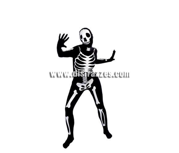 Disfraz de Esqueleto Walking Bones negro para adultos. Talla Standar. Incluye jumpsuit o mono negro con dibujo de huesos, elástico. ¡PUEDES VER Y RESPIRAR! ¡INCLUSO BEBER! Válido para talla universal de hombre y mujer.