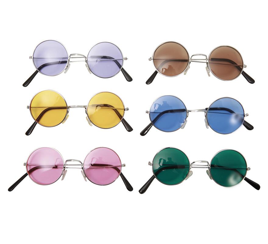 Gafas de los años 60 en Seis colores surtidos. Precio por unidad, se venden por separado. Accesorio perfecto para nuestros disfraces de Cantante de los 60, Hippy o Hippie, Disco...