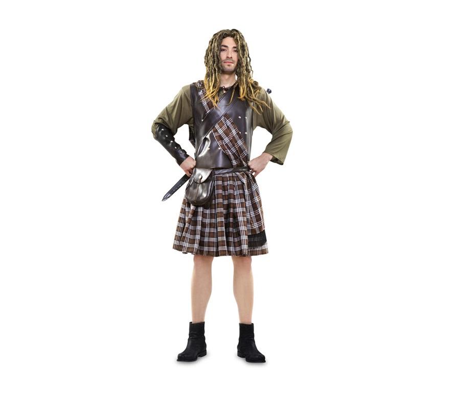 Disfraz barato de Guerrero Escocés adulto. Disfraz de Braveheart. Talla standar M-L 52/54. Incluye camisa, falda, manto, coraza, bandolera, muñequeras y cinturón-bolsa. Peluca y espada NO incluidas, podrás verlas en la sección Complementos. Botas NO incluidas. Un disfraz Medieval de Guerrero para hombre.