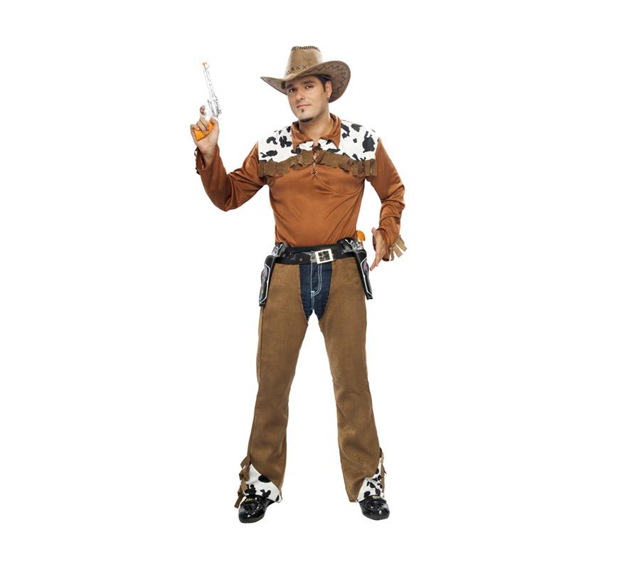Disfraz de Vaquero adulto. Talla XL 54/58. Incluye camisa, cinturón y zahones. Pistolas, cartucheras y sombrero NO incluidos, podrás ver todos éstos artículos en la sección de Complementos. Traje de Pitolero para hombre talla XL.