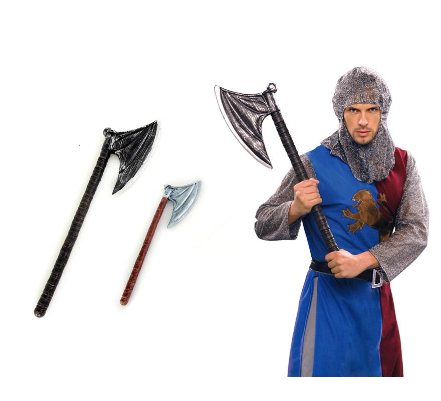 Hacha de lujo de 75 cm. para Halloween o para Medievales. Dos modelos surtidos, precio por unidad, se venden por separado.