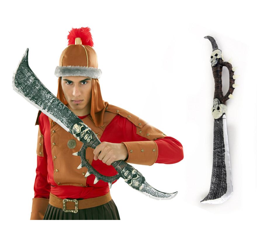 Espada o Sable con Calaveras en el mango 91,5 cm. El complemento ideal para los disfraces de Vikingo o Bárbaro.