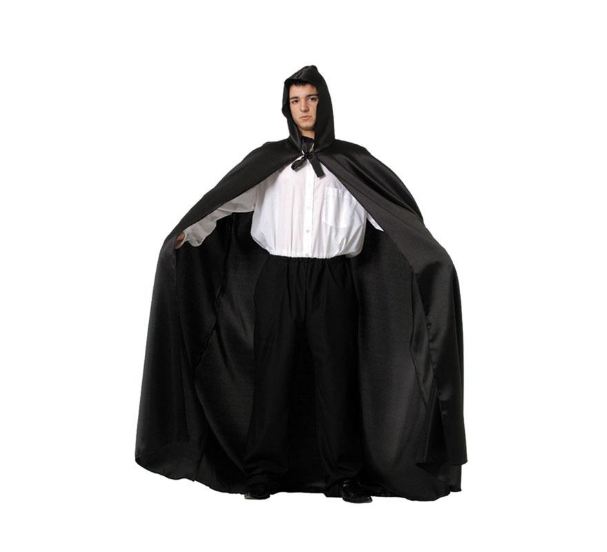 Capa negra adulto con Capucha. Talla Universal adultos. El precio incluye sólo la capa. Fabricada en España.