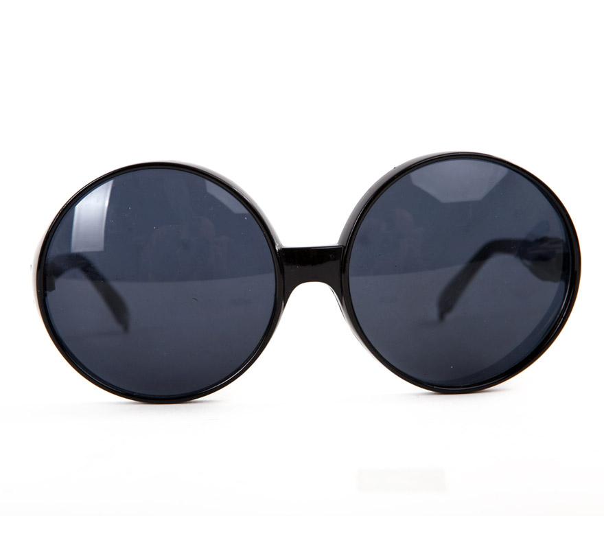 Gafas redondas con cristales negros 2 surtidas, con montura negra y/o blanca. Talla Universal. Precio por unidad, se venden por separado.