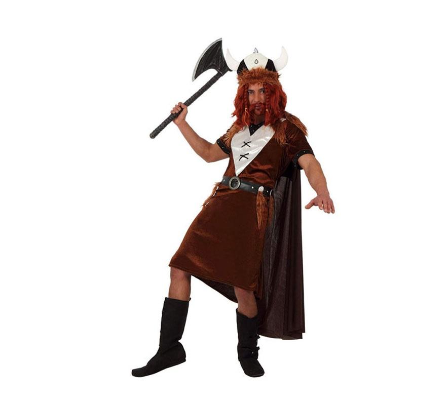 Disfraz de Vikingo para hombres. Talla Standar M-L 52/54. Incluye vestido, casco y capa. Accesorios como peluca y barba, hacha y botas NO incluidos, podrás ver algunos de ellos en la sección de Complementos.