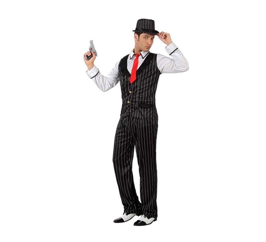 Disfraz de Gánster Mafioso con chaleco para hombre. Talla 2 ó talla Standar M-L 52/54. Incluye camisa cosida al chaleco, pantalón y corbata. Resto de accesorios NO incluidos, podrás verlos en la sección de Complementos.