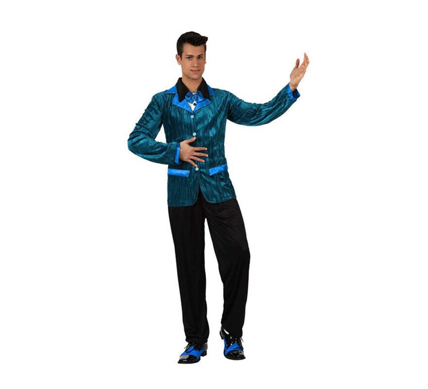 Disfraz de Chico de los Años 60 con detalles de color azul para hombre. Talla 2 ó talla Standar M-L 52/54. incluye chaqueta con camisa y pantalón. Zapatos NO incluidos. Perfecto para disfrazarse de la película Fiebre del Sábado noche y triunfar en cualquier Fiesta.