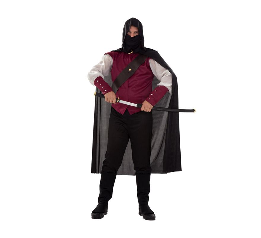Disfraz de Halcón Rojo para hombre. Talla XL = 54/58. Incluye camisa, pantalón, cubrebotas, capa con capucha, máscara y bandolera. Espada NO incluida, podrás verla en la sección de Complementos. Ni el mismo Águila Roja estaría tan gracioso con él, para ir a la última.