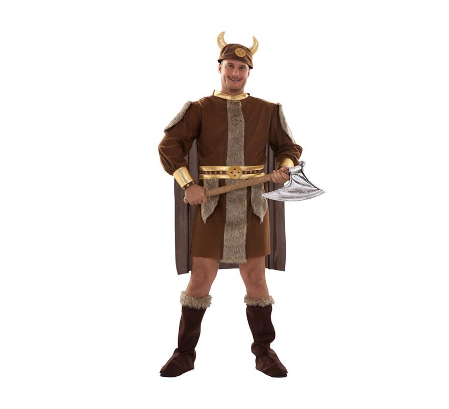 Disfraz de Vikingo adulto. Talla standar XL = 54/58. Incluye gorro, traje, capa, cinturón y botas de tela. Hacha NO incluida, podrás verla en la sección de Complementos. Éste traje de Bárbaro de hombre es un clásico pero no pasa de moda.