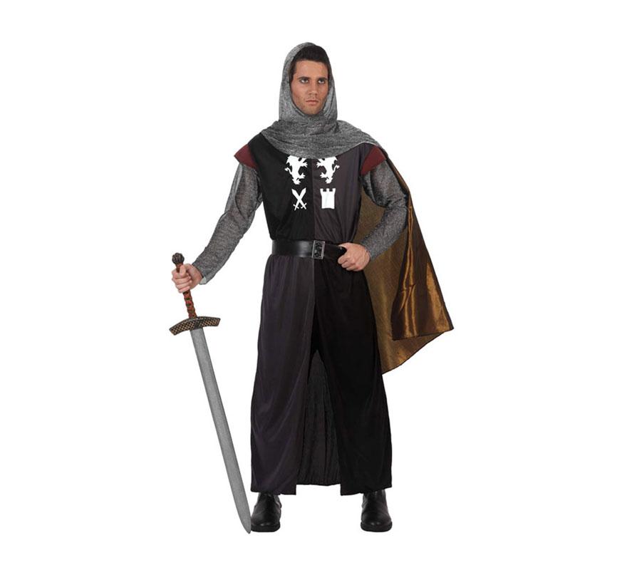 Disfraz de Caballero Medieval para hombre. Talla 3 ó talla XL 54/58. Incluye túnica, malla para la cabeza, capa y cinturón. Espada NO incluida, podrás verla en la sección de Complementos-Armas.