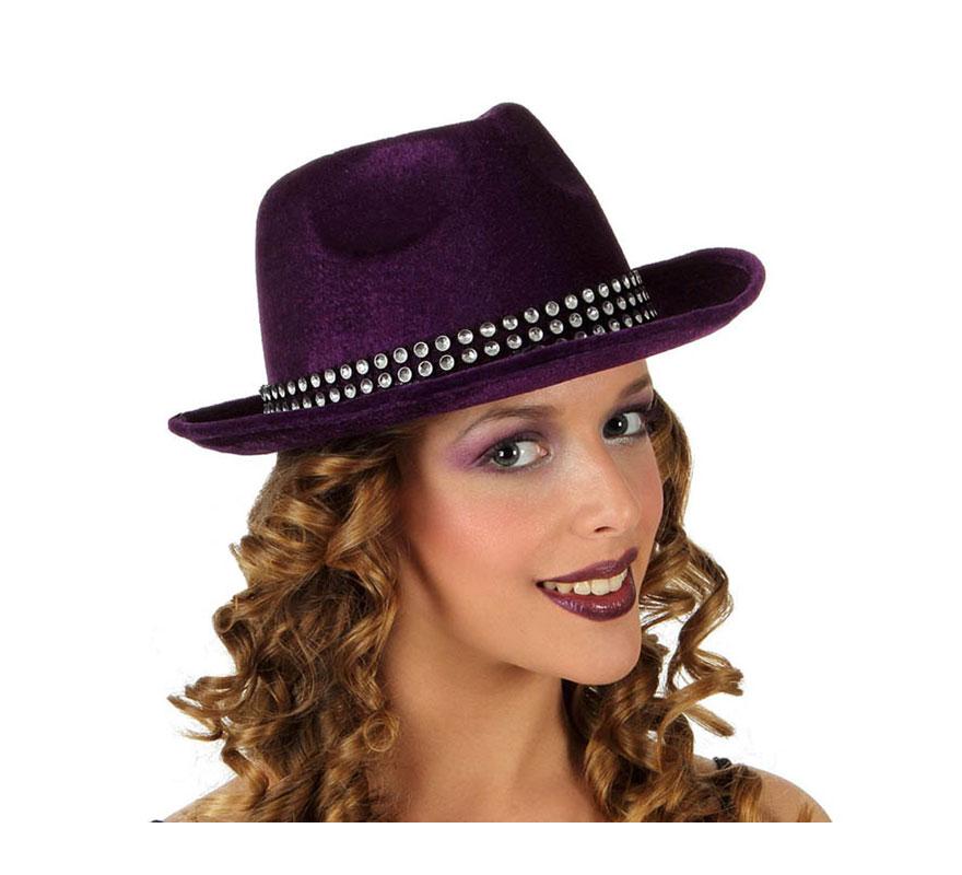 Sombrero Vaquera de terciopelo violeta con banda de brillantes.