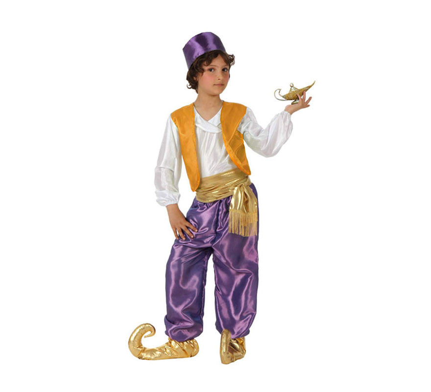 Disfraz de Árabe lila para niños de 3 a 4 años. Incluye camisa con chaleco, pantalón, fajín, babuchas y gorrito. Lámpara mágica NO incluida, podrás verla en la sección de Complementos. Éste disfraz también valdría como Paje Real de los Reyes Magos para Navidad.