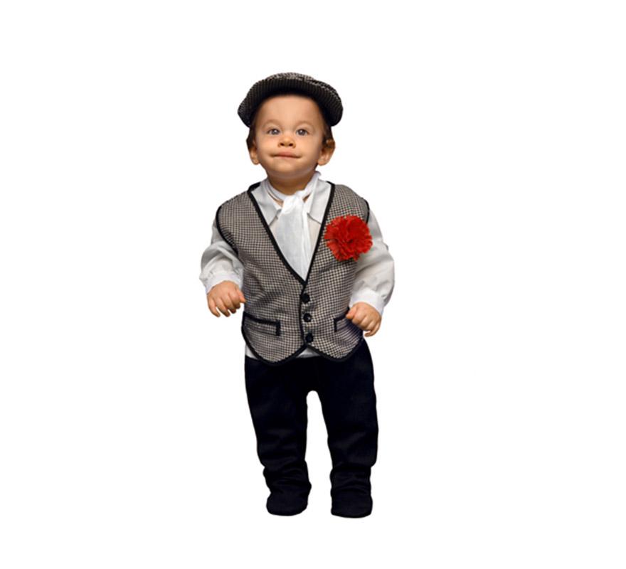 Disfraz de Madrileño o Chulapo para Bebés de 6 a 12 meses. Incluye mono, chaleco, gorra y pañuelo. Flor NO incluida, podrás verla en la sección de Complementos. Perfecto para la Feria de San Isidro.