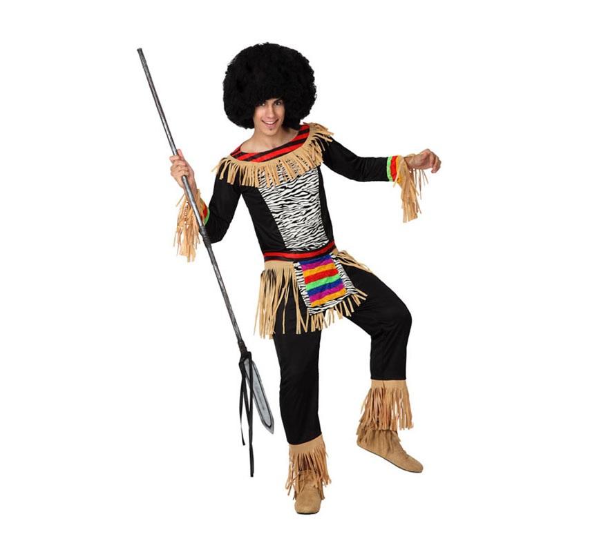 Disfraz de Zulú para hombre. Talla 3 o talla XL = 54/58. Incluye camiseta, pantalón, delantal y cinta para cabeza con hueso de tela. Lanza y peluca NO incluidas, las podrás ver en la sección de Complementos. Disfraz de hombre de la Tribu Africana XL.