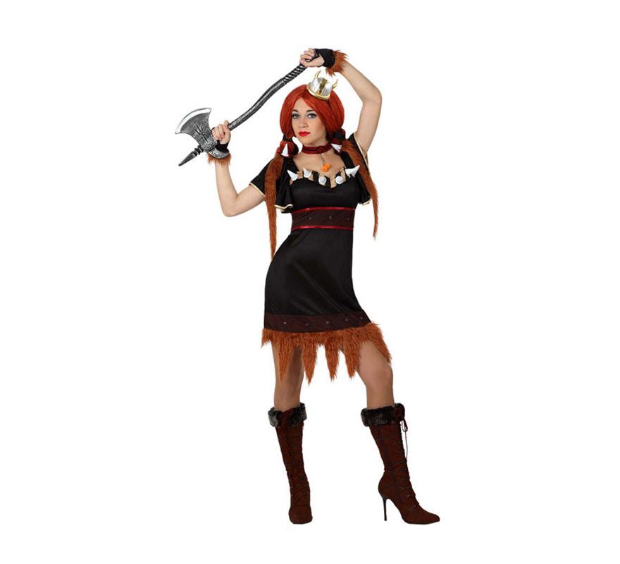 Disfraz de Vikinga para chicas. Talla 1 o talla S = 34/38 para chicas delgadas y adolescentes. Incluye vestido, muñequeras y gargantilla. La hacha y la peluca las podrás ver en la sección de Complementos.