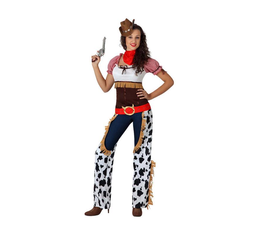 Disfraz de Vaquera para mujer. Talla 2 o talla M-L = 38/42. Incluye camiseta, zahones con cinturón y pañuelo. El sombrero lo podrás encontrar con la referencia 12469AT y las pistolas podrás ver varios modelos en la sección de Armas.