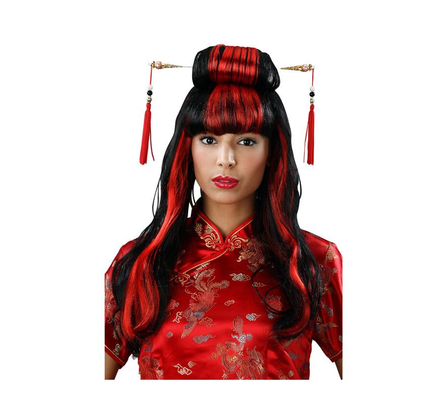 Peluca Asiática o China roja y negra con palos.  Peluca de Geisha o Gheisa.