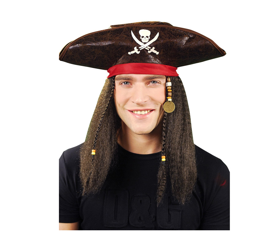 Sombrero Pirata con pelo castaño.
