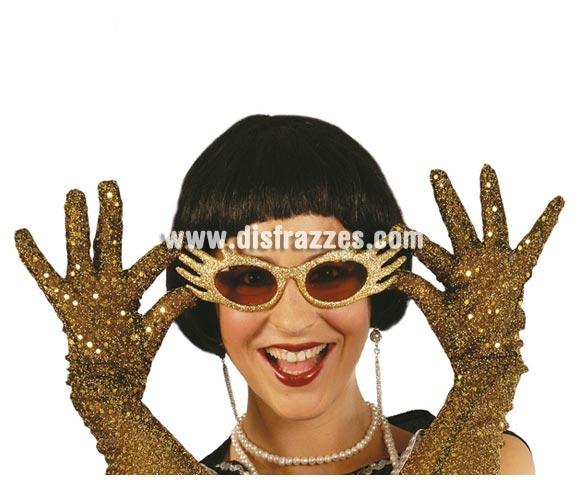 Gafas de fantasía escarcha. Perfectas como complemento de los disfraces de Chalrlestón o de los Años 60 y 70. Cuatro modelos surtidos, precio por unidad, se venden por separado.