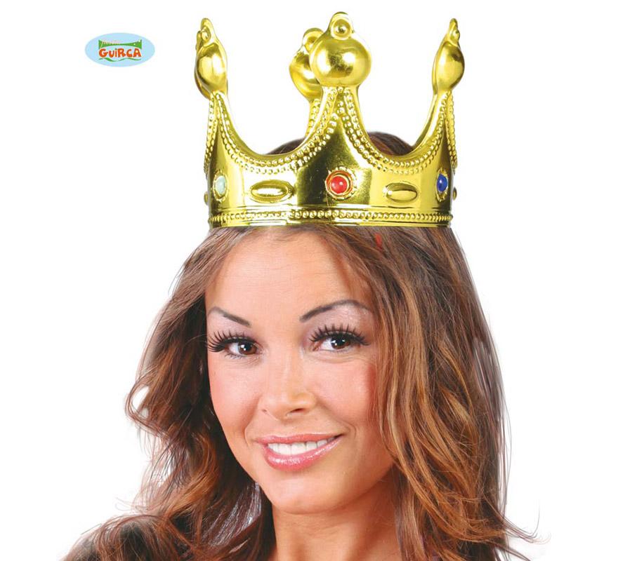 Corona Rey dorada de plástico. El complemento ideal para los disfraces de Rey Mago en Navidad y también para disfraces de Rey o Reina Medieval.
