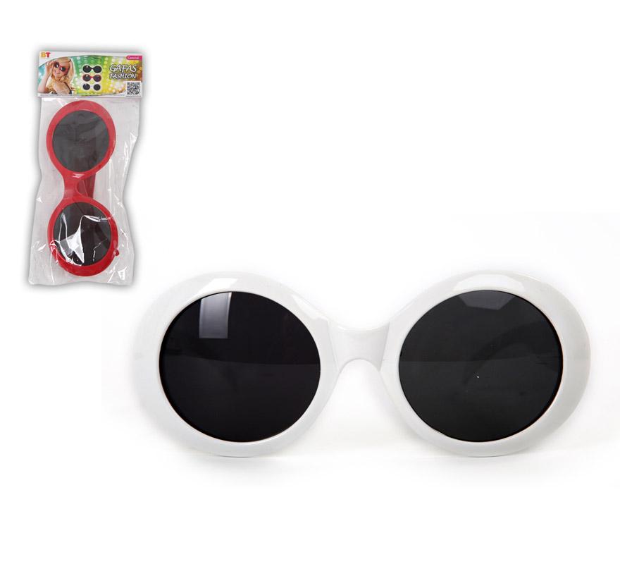 Gafas redondas con cristales negros. Disponible en 2 colores. Precio por unidad, se venden por separado. Talla universal.