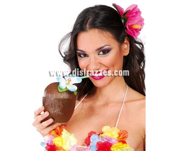 Vaso de Coco especial para disfraces de Hawaianos. Si éste verano organizas o vas invitado a una Fiesta, éste es el Complemento que no te puede faltar y que seguro que causa furor.