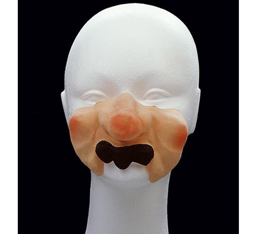 Moflete con bigote pequeño.