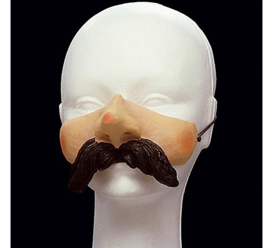 Moflete con bigote.