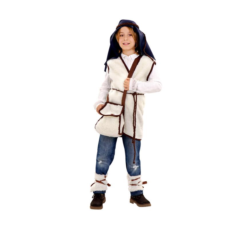 Disfraz de Cabrero o de Pastorcillo para niños de 10 a 12 años. Incluye chaleco, calentadores, zurrón, pañuelo cabeza, cordón cabeza y cinturón.