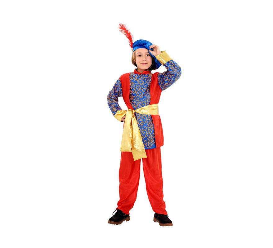 Disfraz de Paje del Rey Mago Melchor para niños de 7 a 9 años. Incluye camisa, pantalón, cinturón y boina. También sirve como disfraz de Principe Azul.