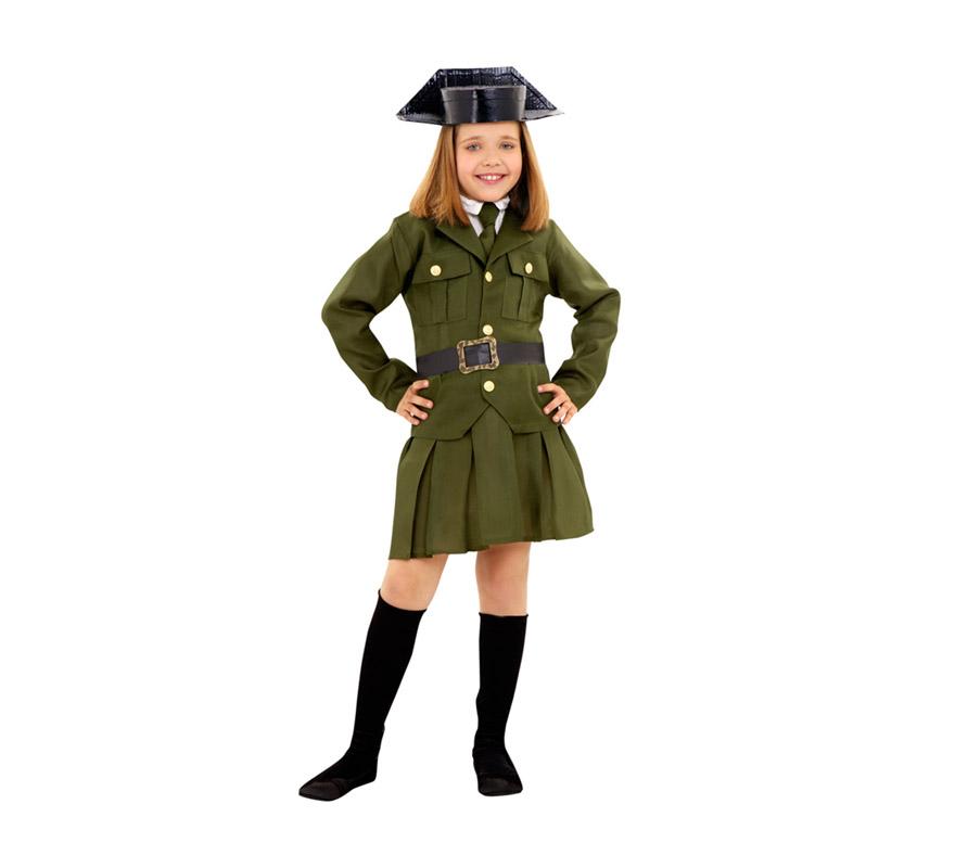 Disfraz de Guardia Civil para niñas de 7 a 9 años. Incluye chaqueta, falda, corbata, tricornio y cinturón.