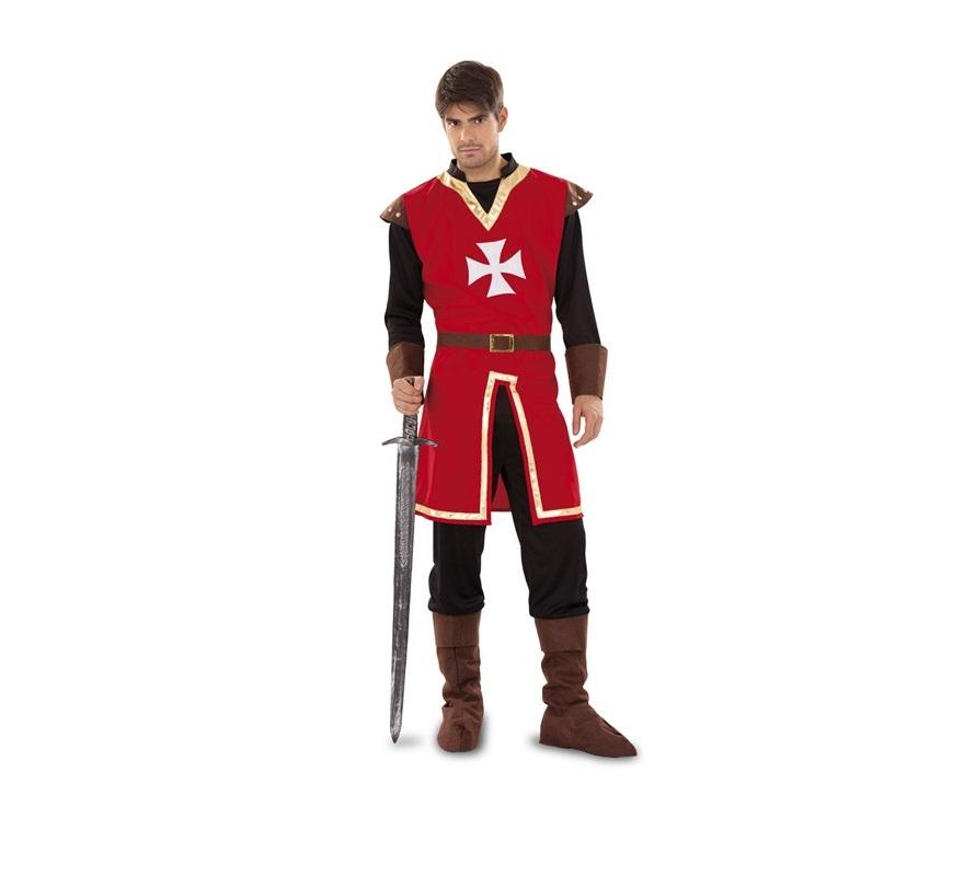 Disfraz de Marqués de Malta para hombre. Talla Standar M-L = 52/54. Incluye casaca, pantalón, cinturón y cubrebotas. Espada NO incluida, podrás verla en la sección de Complementos. Ideal como disfraz de Caballero Medieval.