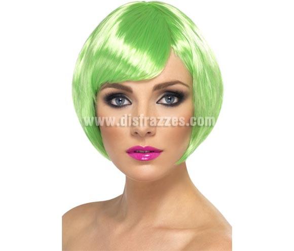 Peluca Corta estilo Bob color Verde Neón o Fluorescente. Artículo de Alta Calidad. Ideal como complemento de nuestros disfraces de los años 20, Flapper y Cabaret. Perfecta para Despedidas de Soltera.