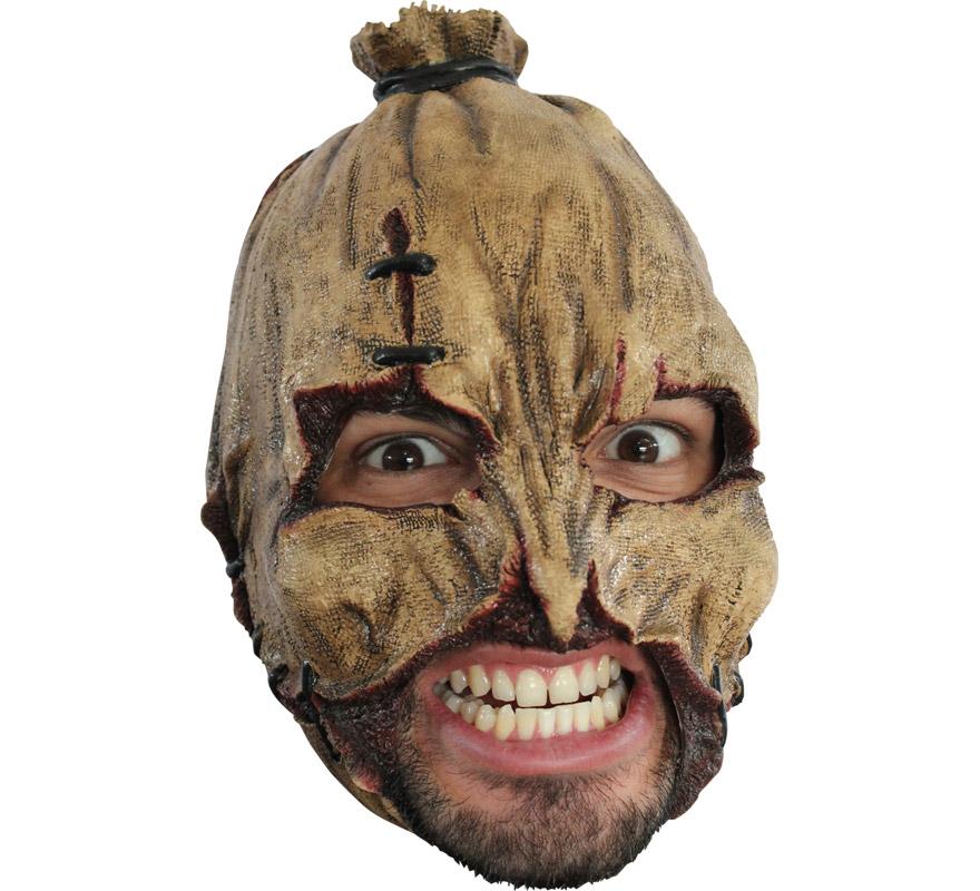 Máscara Scarecrow Espantapájaros sin Barbilla para Halloween. Alta calidad. Fabricada en látex artesanalmente por una empresa que hace efectos especiales para Hollywood. Careta que carece de Barbilla por lo que es muy cómoda llevarla puesta y podrás Beber o incluso Fumar sin tener que quitártela.