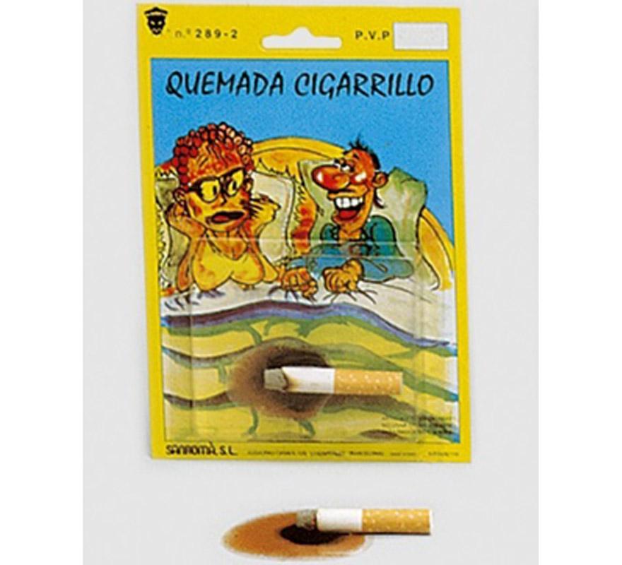 Quemada de un cigarillo. És una pegatina y hace el efecto de una quemada con el cigarro.